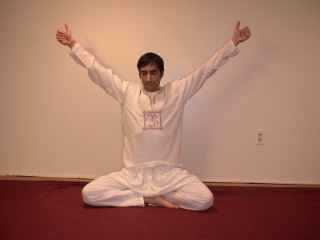 free illustrated kundalini yoga pose for aura and magnetic field