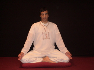 How to Meditate Hindu meditation posture